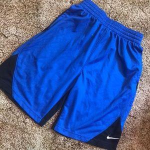 New!  Nike Boys Athletic Shorts w Pockets Large